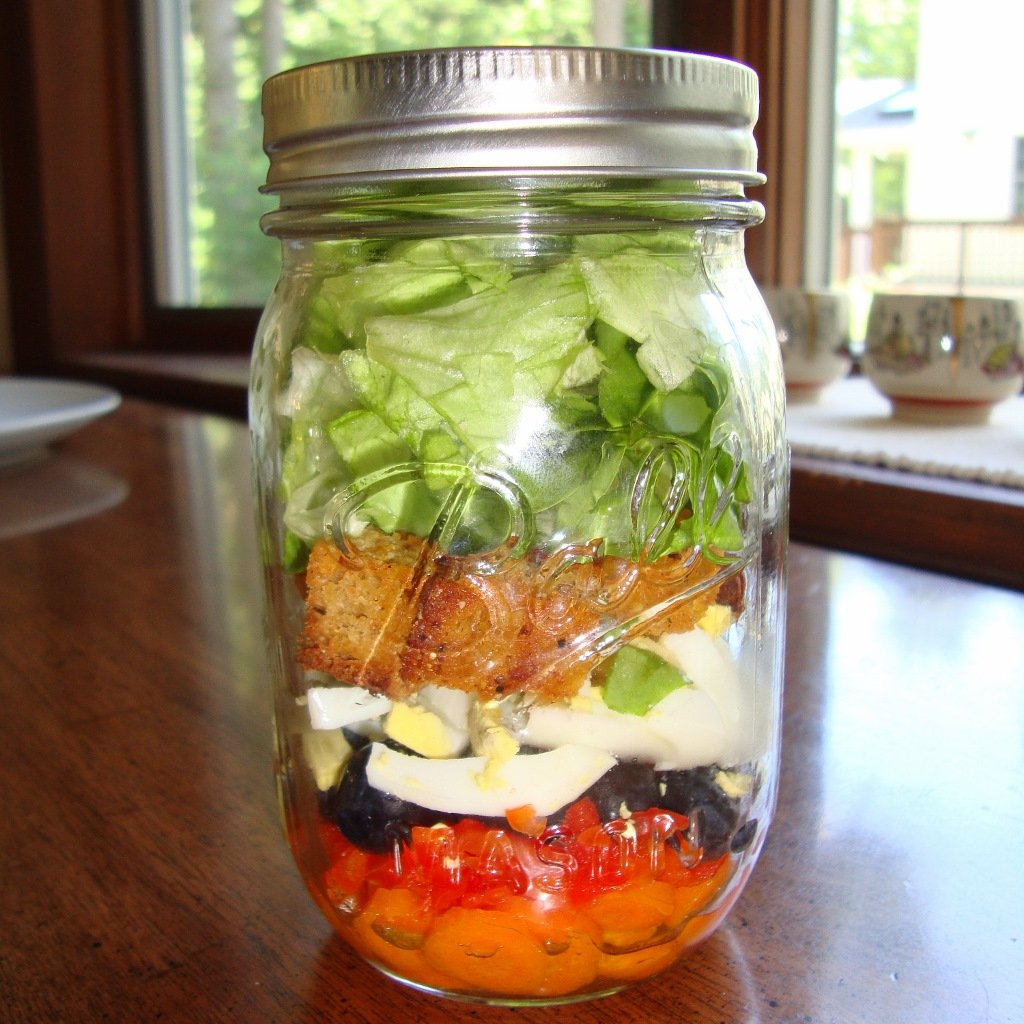 rainbow salad in a mason jar rfrd