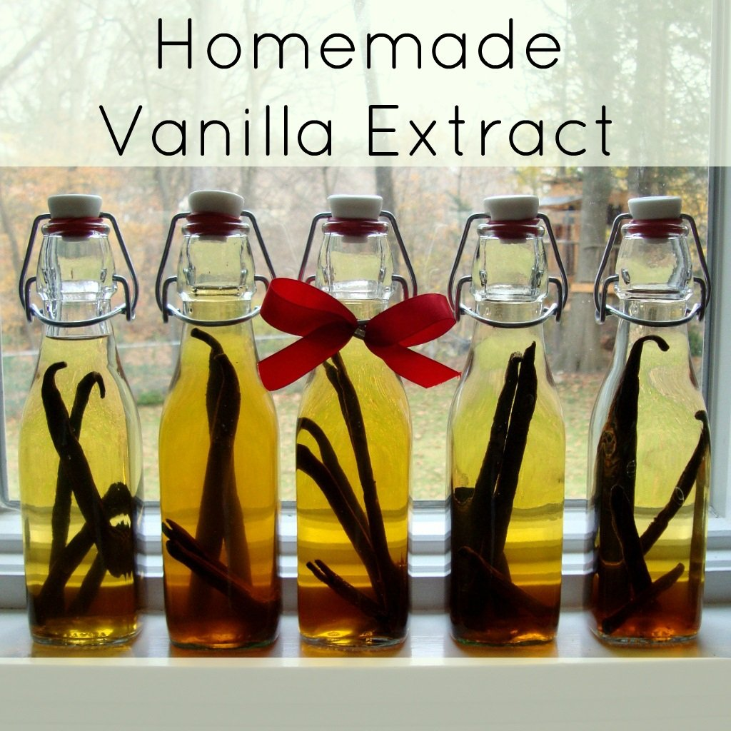 Homemade vanilla extract is such an easy DIY kitchen project. It makes the perfect Christmas or other holiday gift.
