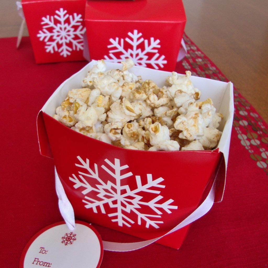 maple gingerbread popcorn