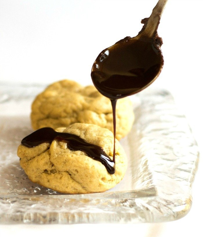 These peanut butter cookies with chocolate swirl are a healthier version of the classic peanut butter blossom cookies. This recipe is a great healthy treat.