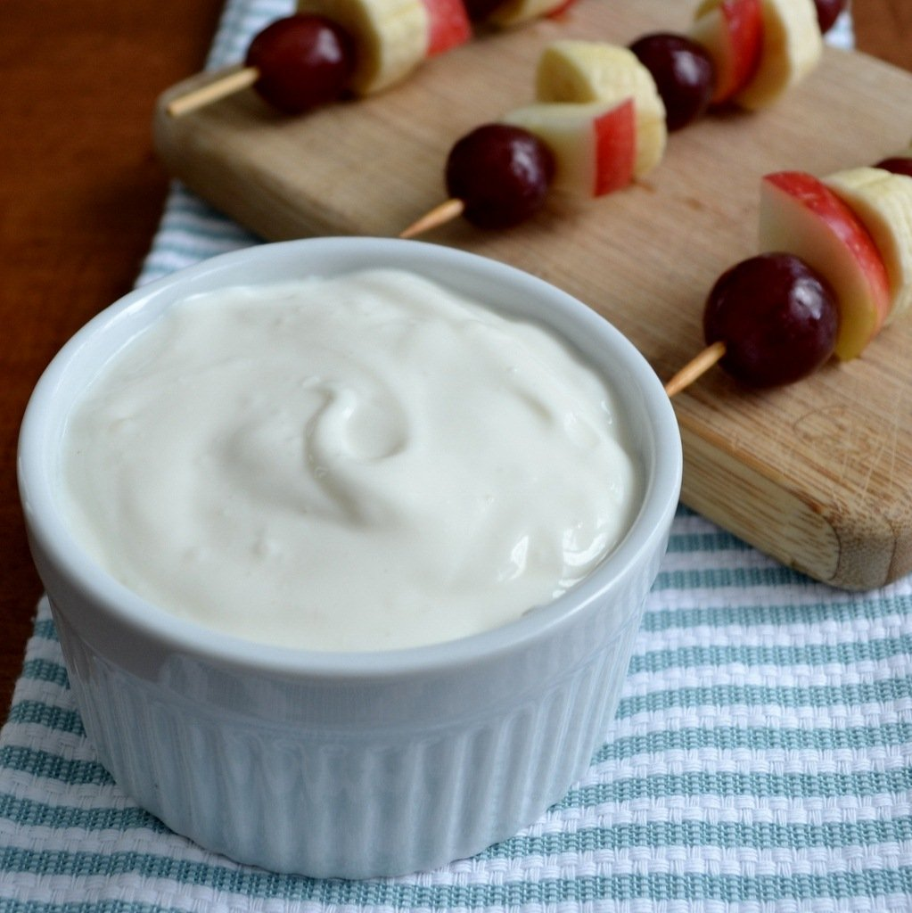 This honey yogurt dip is a delicious, healthy school lunch idea from Real Food Real Deals.