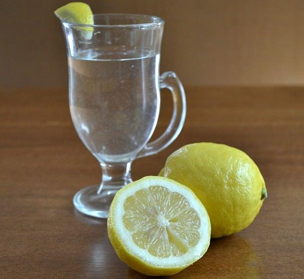 habits-eating-clean-lemon-water