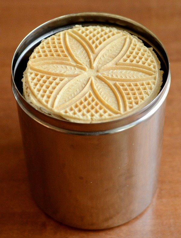 Pizzelles cookies in container