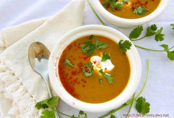 Mexican White Bean Soup, one of 25 frugal soup recipes