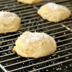I love this healthy ricotta cookie recipe for Easter!