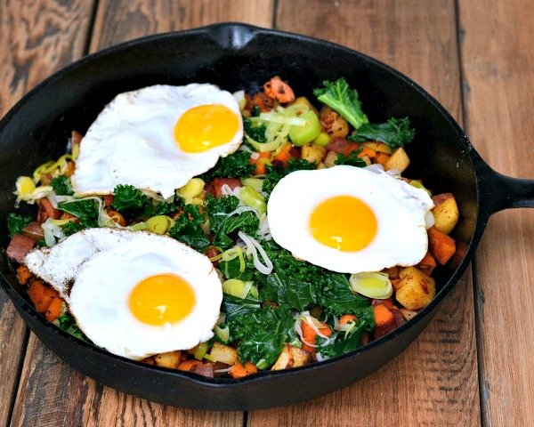 Breakfast skillet full of ingredients fresh from the farmers market