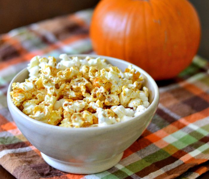 Pumpkin popcorn is such a fun recipe for fall!