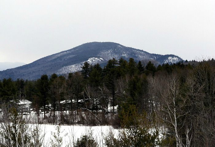 Mt. Washington Valley is a beautiful, four-season travel destination in New Hampshire.