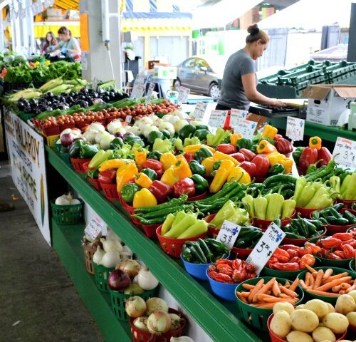 Farmers market shopping tip: You can get great deals if you go late in the day.