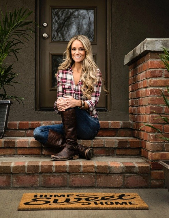 Meet Nicole Curtis as part of the grand opening of Cost Plus World Market in Hyannis, MA!