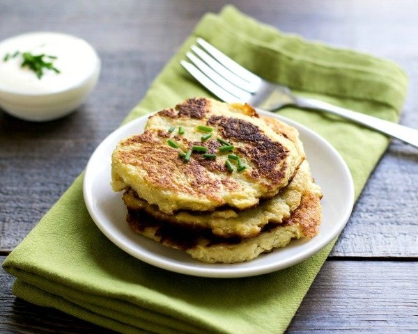 I love these cauliflower pancakes for a healthy lunch or dinner!