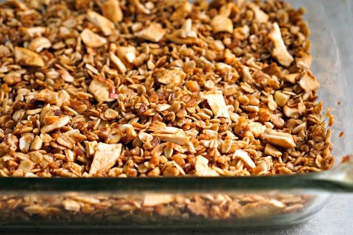 apple pie granola