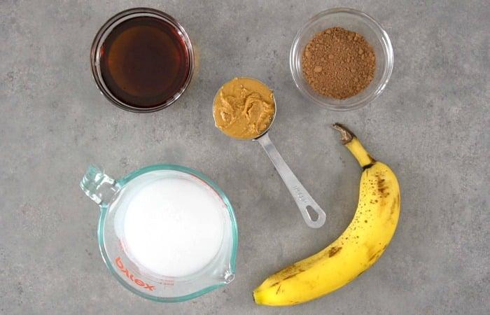 Healthy chocolate milkshake ingredients