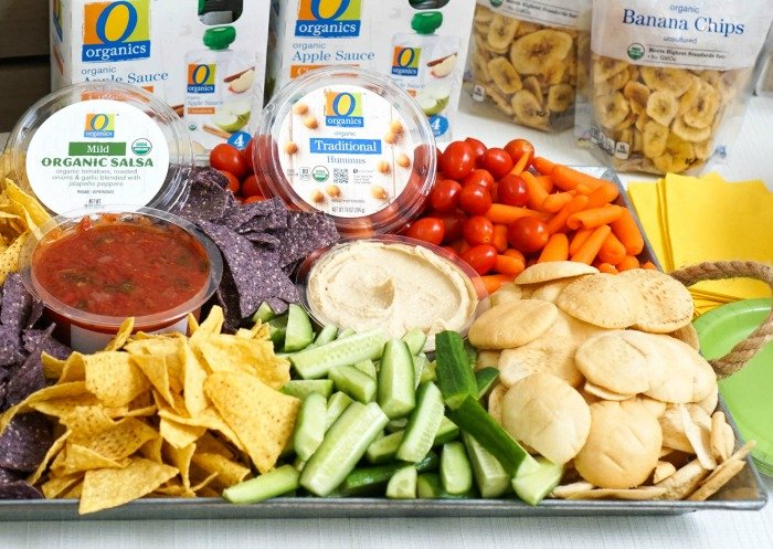 This O Organics snack platter is perfect for a party!