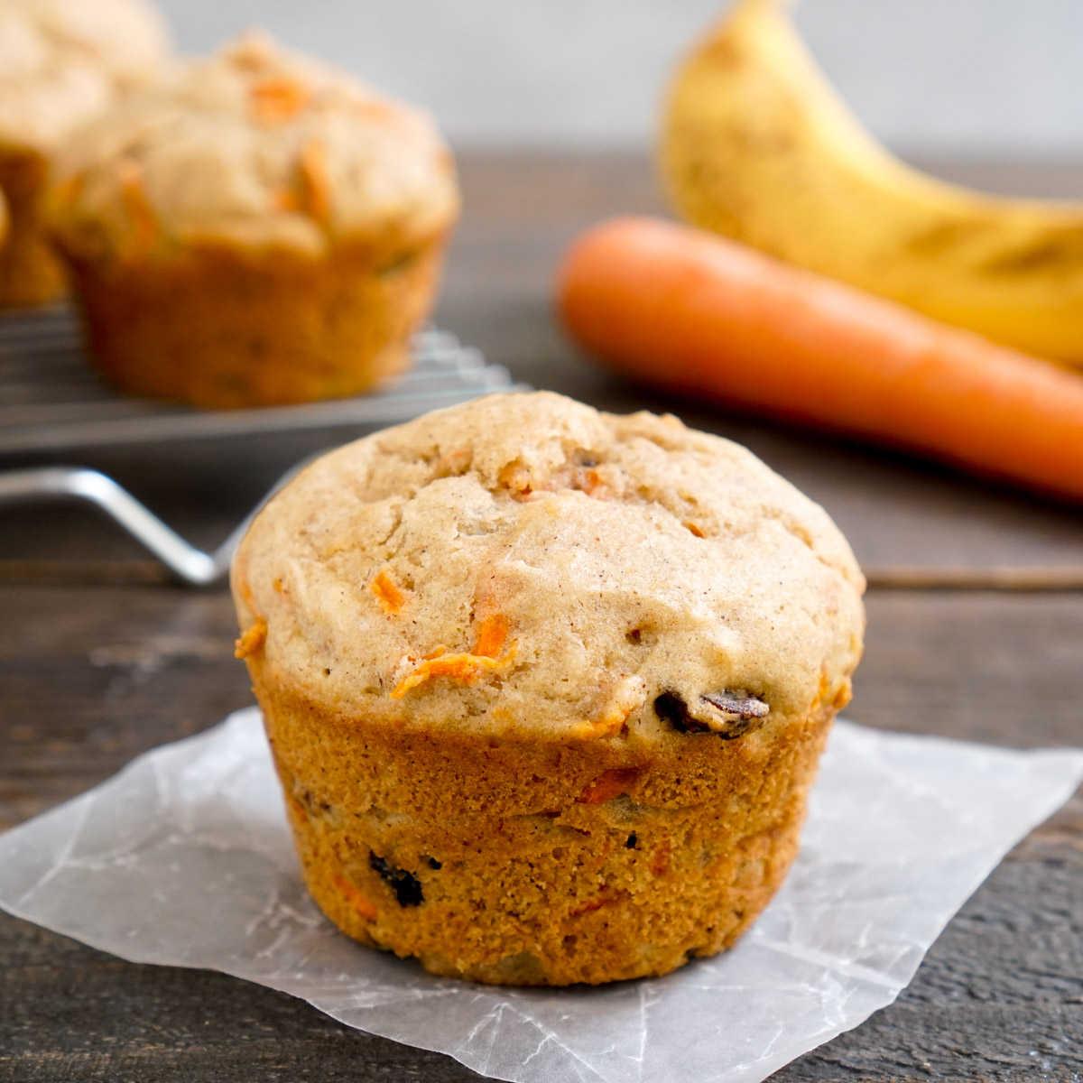 Banana carrot muffin